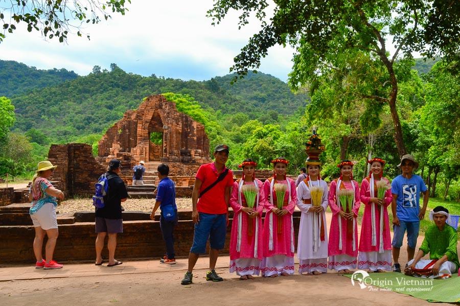 My Son Sanctuary Ruins - Hoian tours