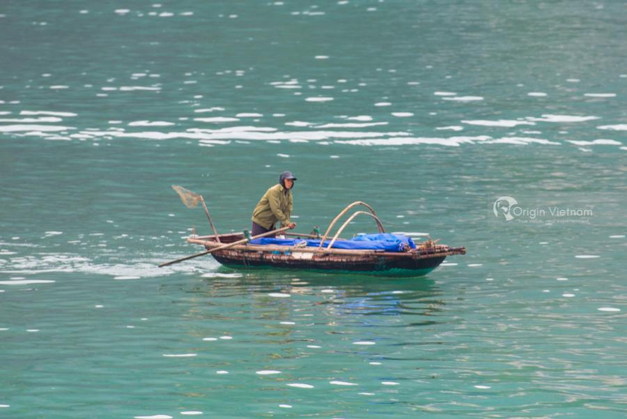 Fisherman in Halong