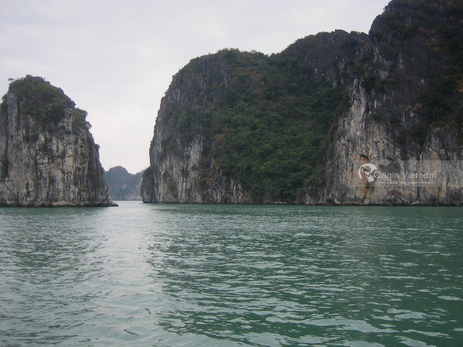 Experience Halong Bay Tour From Hanoi