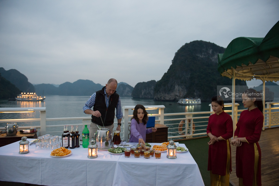 The Secret Before Travel To Halong Bay