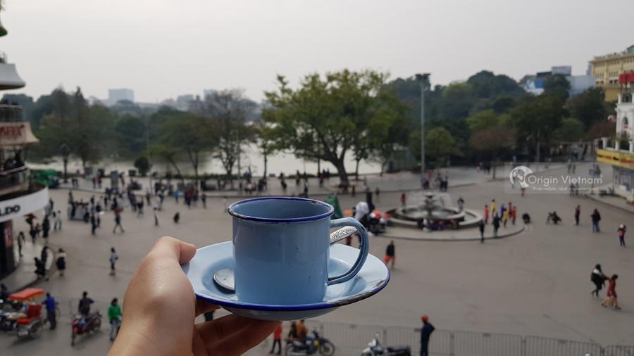 Enjoy a Cup of coffee near hoan Kiem Lake