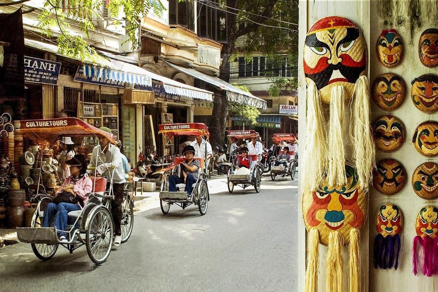 Funny In Ha Noi Old Quarter