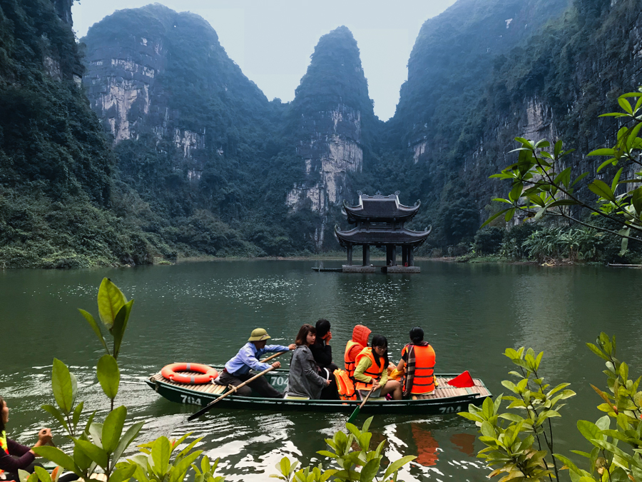 Boat Tour Tam Coc Or Trang An Grottoes