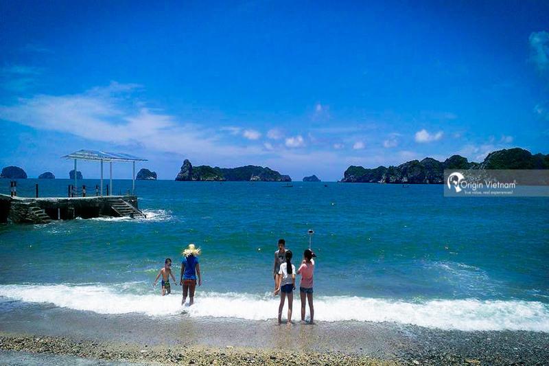 Beach in Cat Ba island