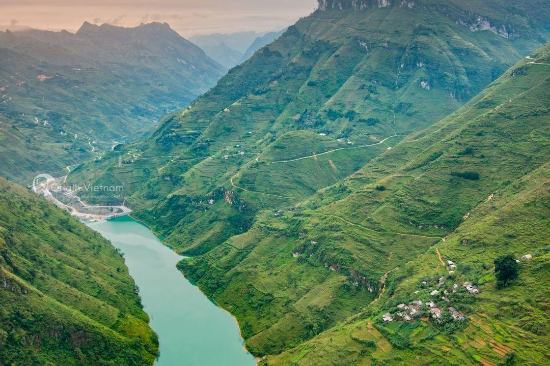 Ma Pi Leng Pass, ORIGIN VIETNAM