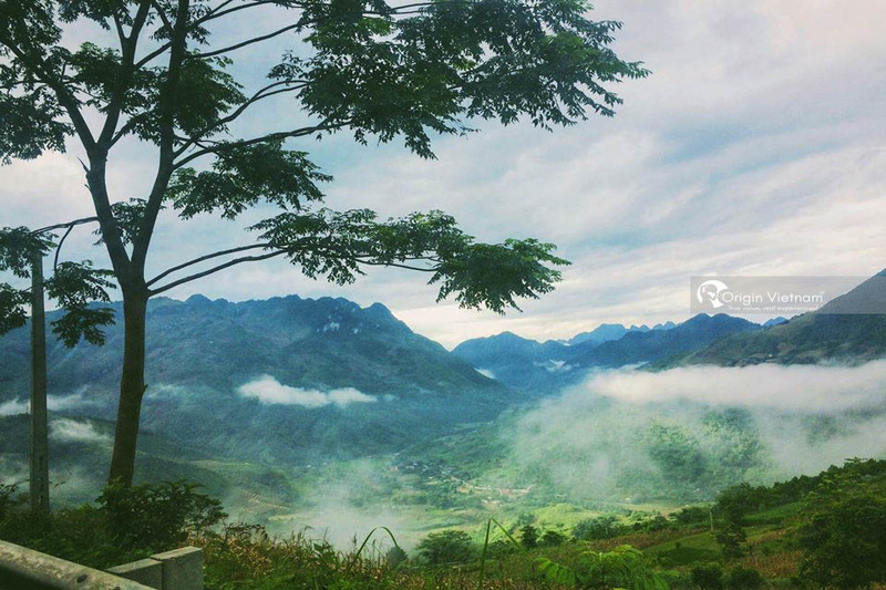 When is the best time to travel to Ha Giang?