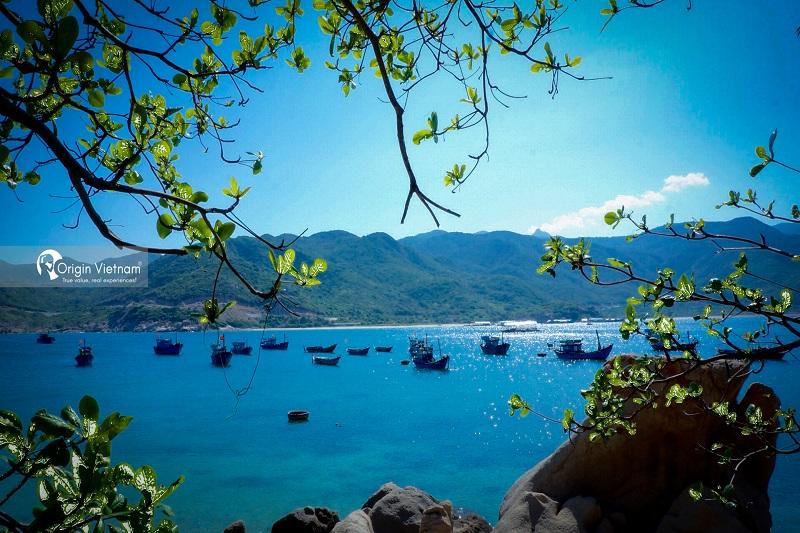 Binh Hung Island