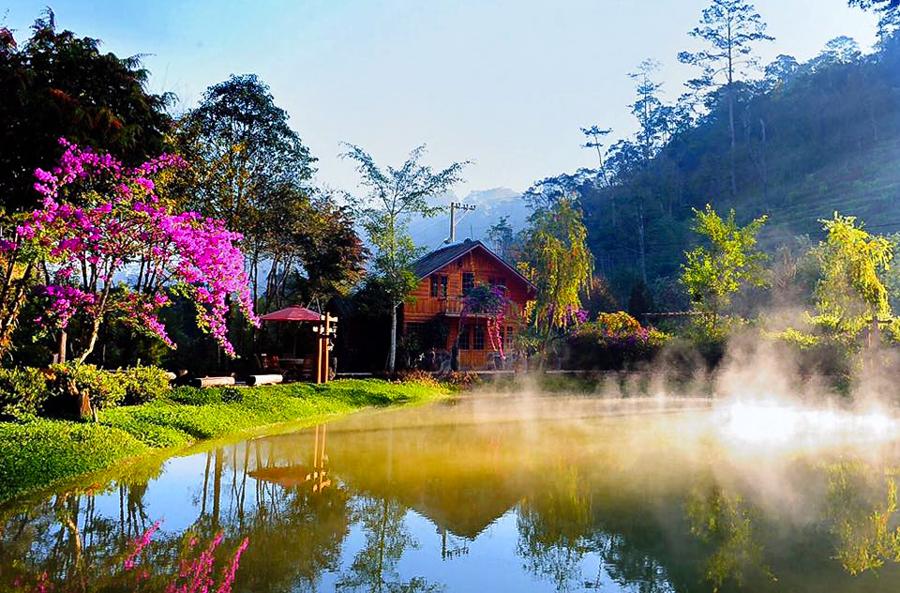 Da Lat Tuyen Lam Lake