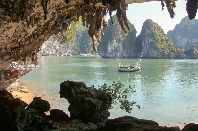 Bo Nau Cave