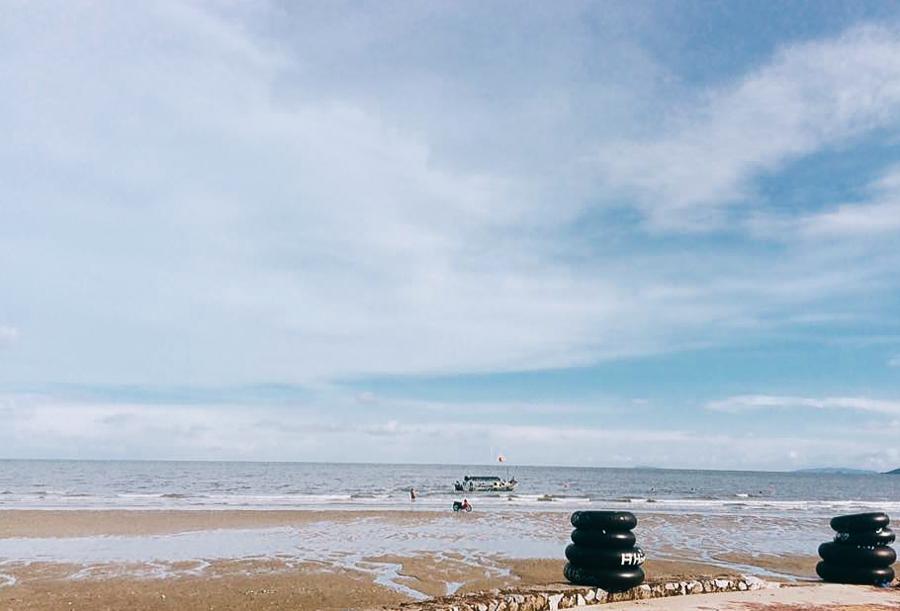 Blue sky in Tra Co Beach