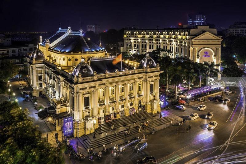 Hanoi Opera House at night
