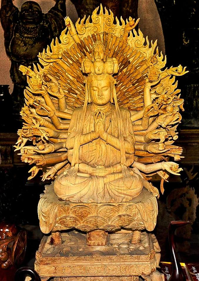 Buddha statue at Kim Bong Carpentry Village