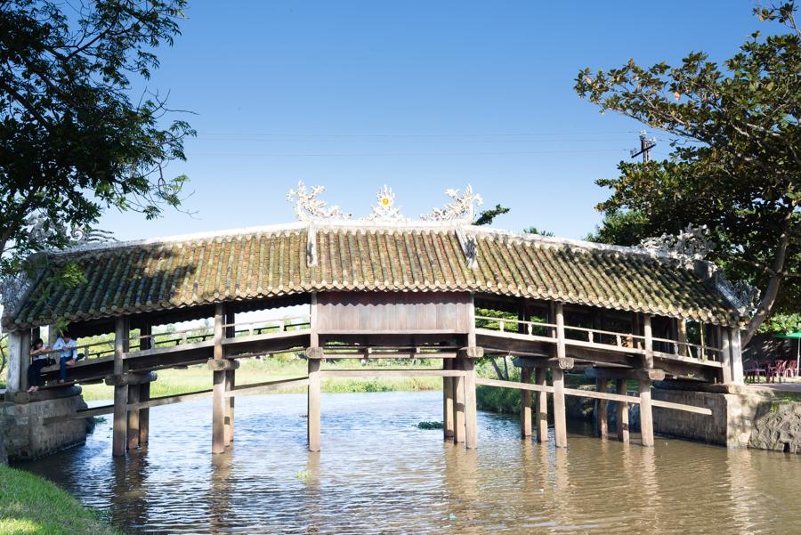 Image of Thanh Toan Bridge