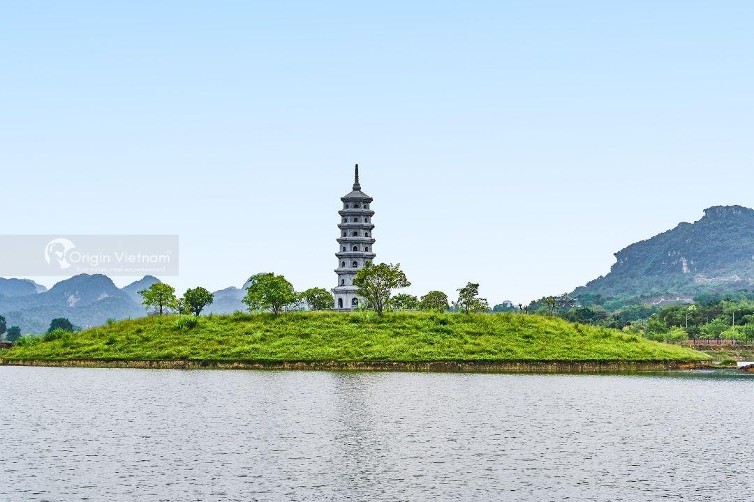 Experience Travel to Trang An Ninh Binh 1 day