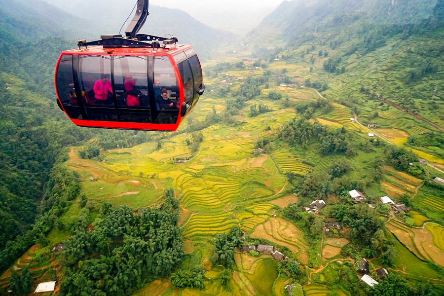 Visit Muong Hoa valley by cable car