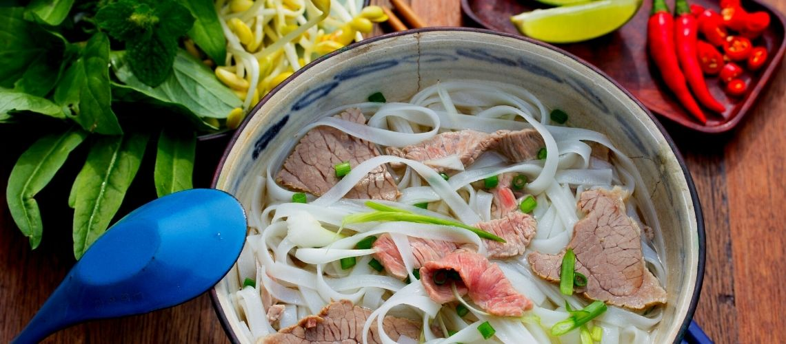 5 Delicious Dishes Must Try In Hanoi In The Autumn