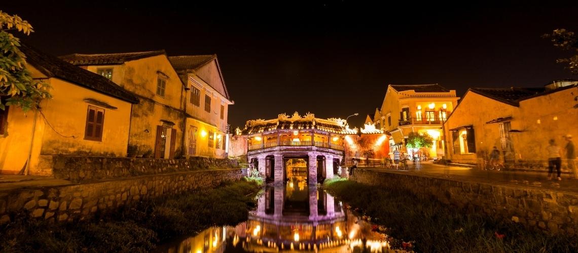Bridge Pagoda - Top Attractive Place You Should Not Miss On Your Hoi An Touractive_Place_You_Should_Not_Miss_On_Your_Hoi_An_Tour_Header