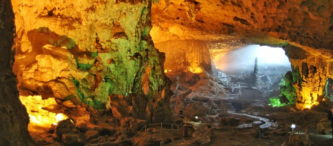 Two Most Beautiful Cave In Vietnam