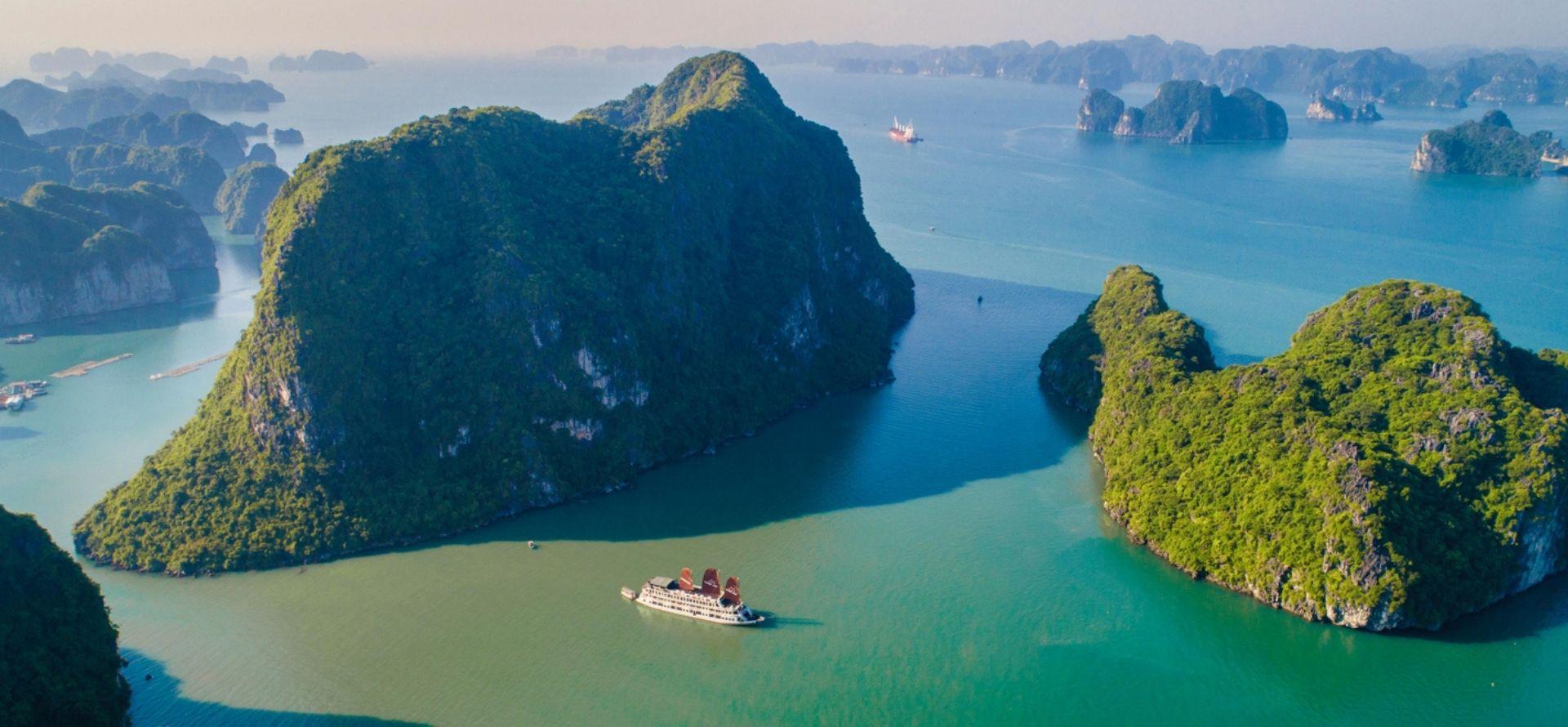Victory Star Cruise Halong Bay