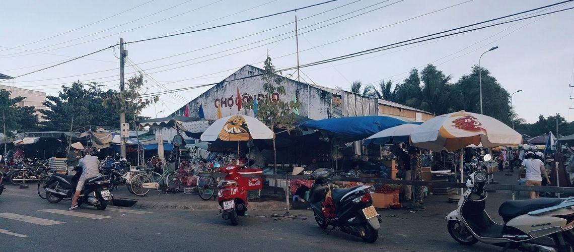 Con Dao Market